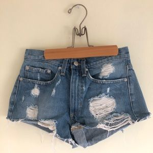 URBAN OUTFITTERS 🌴 denim shorts
